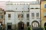 Purkrabský dům - zde sídlí Galerie M a Muzeum Strašidel